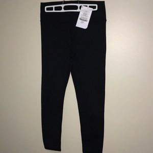 Long quality black Fabletics leggings
